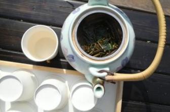 黒文字茶1.jpg